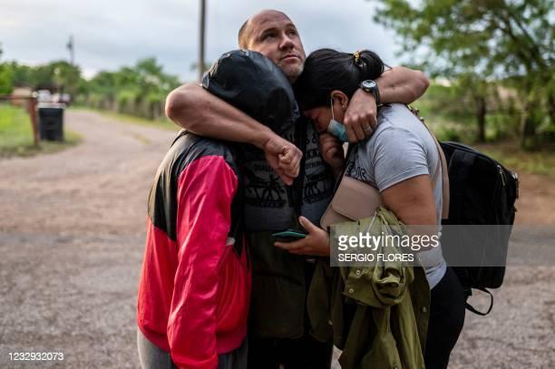 TX: Undocumented Immigrants Attempt To Cross Into U.S. Near Del Rio, Texas