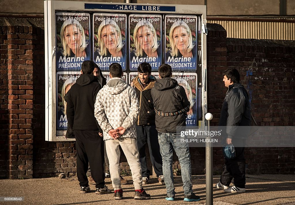 FRANCE-VOTE-REGIONALES-NORD : News Photo