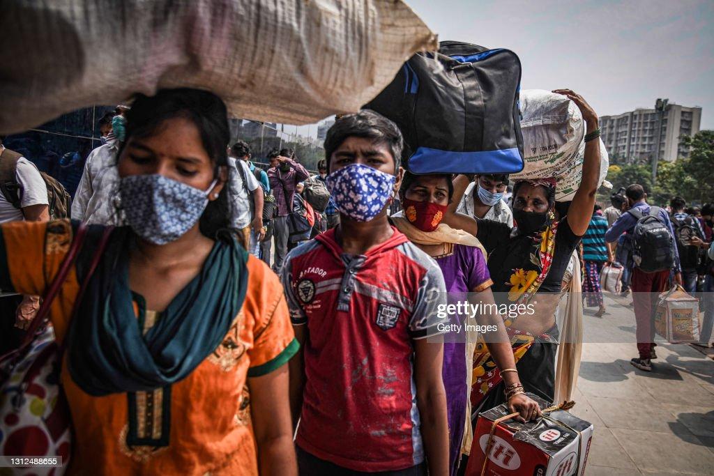 India's Coronavirus Numbers Spike : News Photo