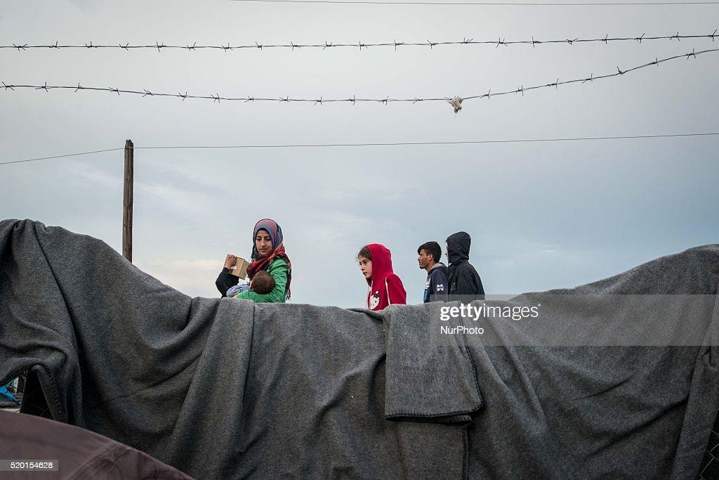 Refugees camp in Idomeni : News Photo