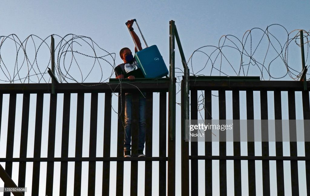 US-Mexico border : News Photo