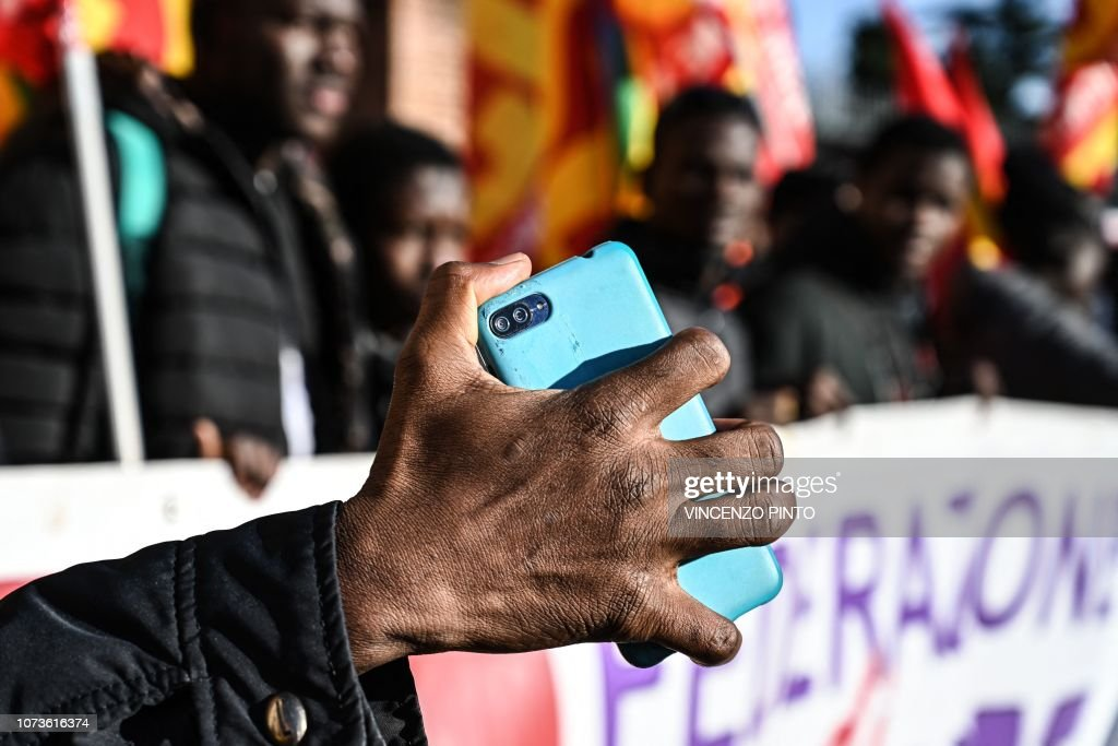 ITALY-POLITICS-SOCIAL-MIGRATION-DEMO : News Photo