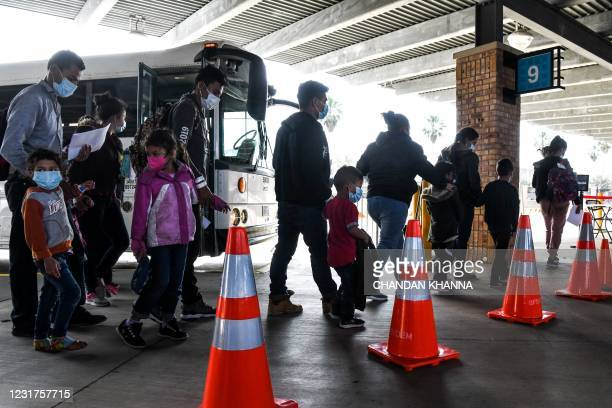 Migrants mostly from Central America are dropped off by the US Customs and Border Protection at a bus station near the Gateway International Bridge,...