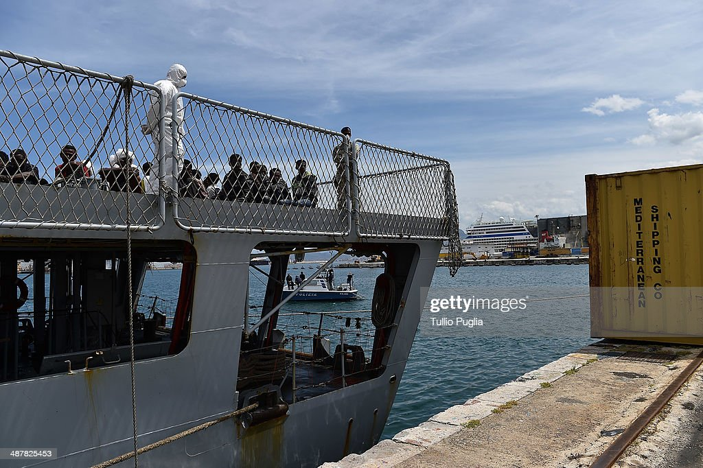 Hundreds Of Migrants Arrive To Sicily After Being Rescued By Italian Navy : News Photo