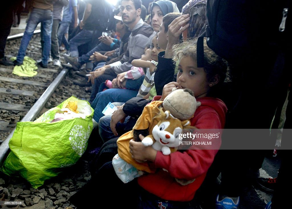 HUNGARY-EUROPE-MIGRANTS-AUSTRIA-EU-MIGRATION : News Photo