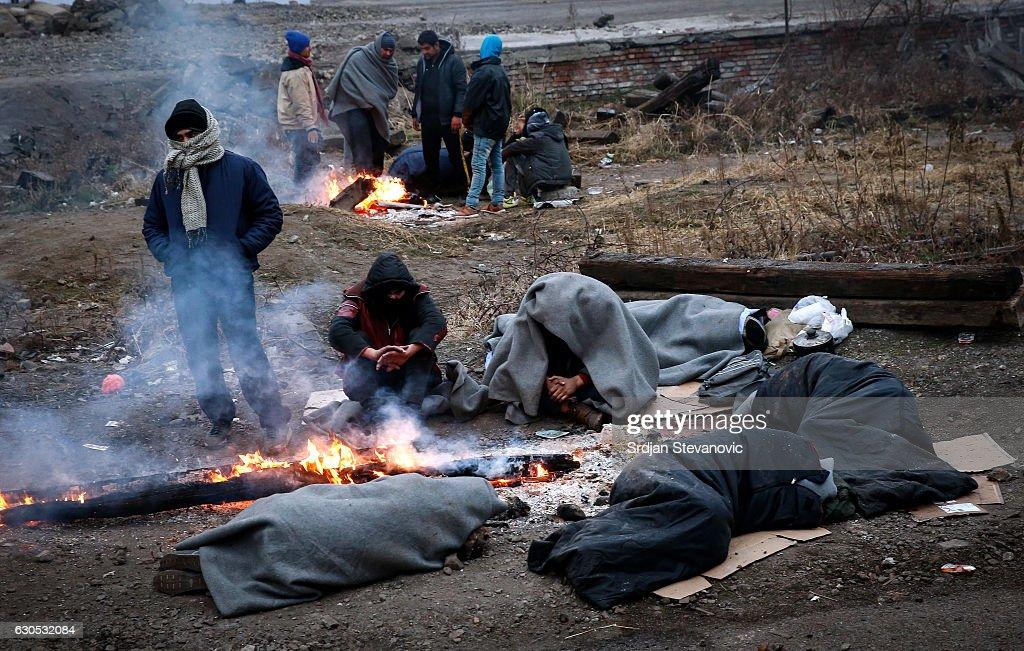 Rising Numbers of Migrants Homeless in Belgrade : News Photo