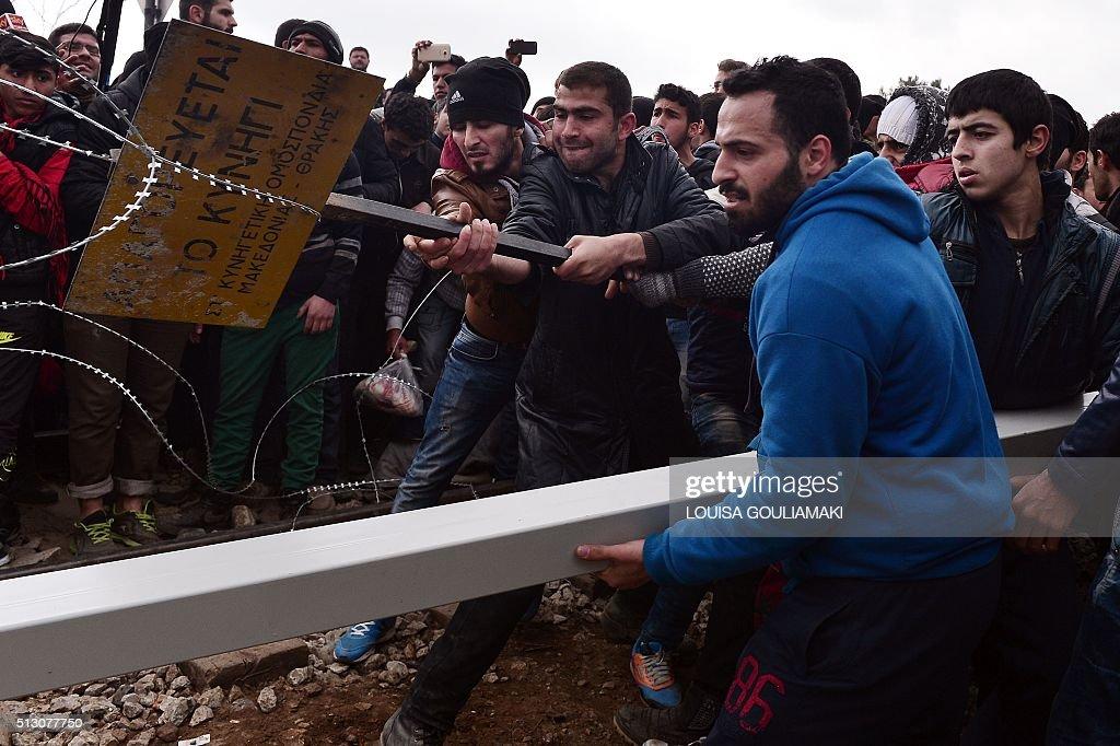 GREECE-EUROPE-MIGRANTS-PROTEST : News Photo