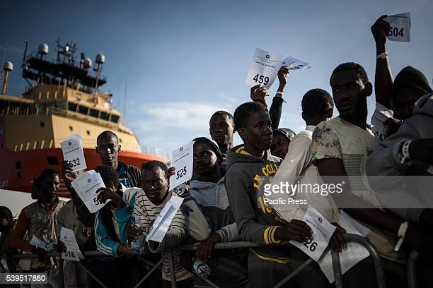 SALERNO SALERNO CAMPANIA ITALY Migrants waiting to be transferred to accommodation centers Salerno landing of 1017 migrants from subSaharan Africa...