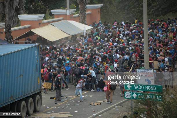 Migrants who arrived in caravan from Honduras on their way to the United States are being dispersed by security forces in Vado Hondo, Guatemala, on...