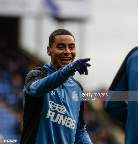 Miguel Almirón of Newcastle United FC warms up during the Premier League match between Crystal Palace and Newcastle United at Selhurst Park on...
