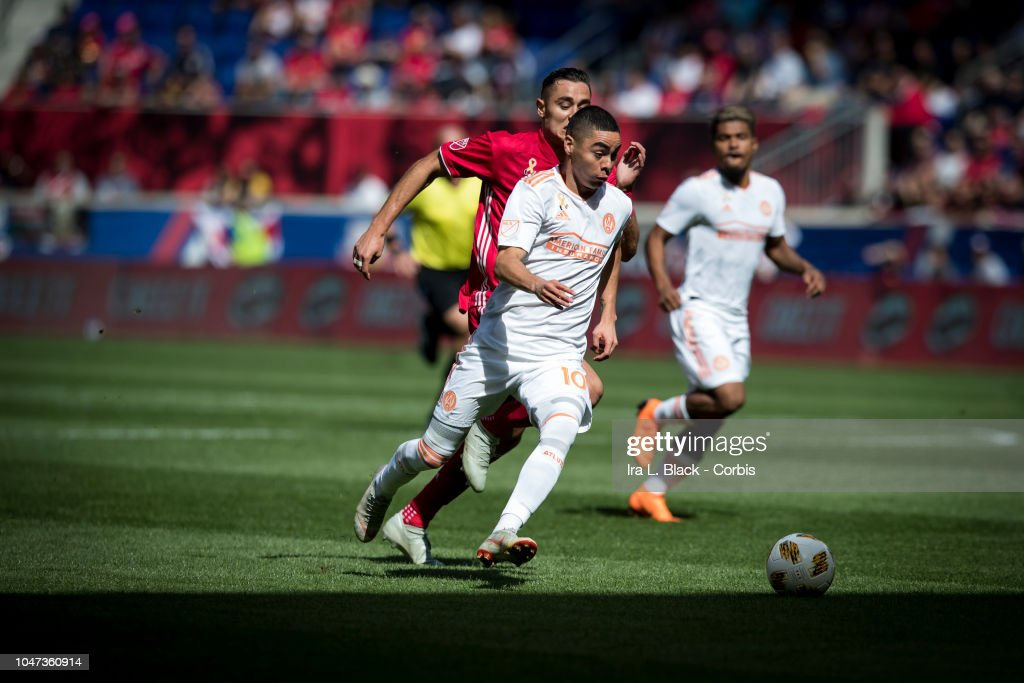 Miguel Almiron Of Atlanta United Drives To The Goal During