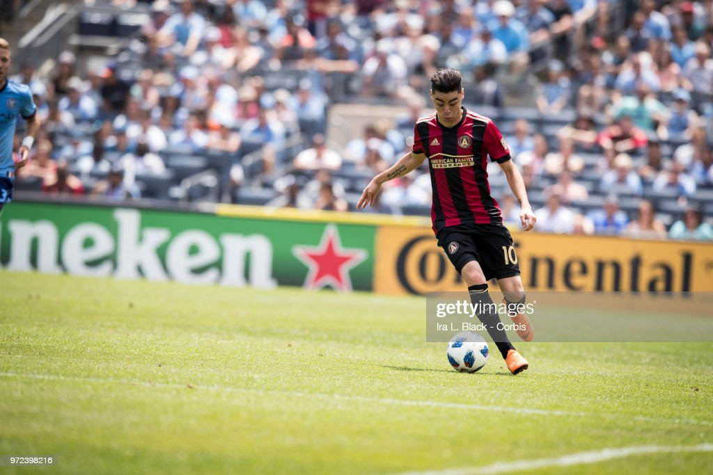 Miguel Almiron #10 of Atlanta United has an open pitch during the match between New York City FC and Atlanta United FC at Yankee Stadium on June 09, 2018 in the Bronx borough of New York. The match ended in a tie score of 1 to 1.