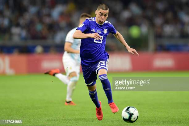 Miguel Almiron of Paraguay controls the ball during the Copa America Brazil 2019 group B match between Argentina and Paraguay at Mineirao Stadium on...