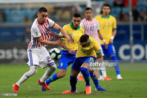 Miguel Almiron of Paraguay fights for the ball with Everton of Brazil during the Copa America Brazil 2019 quarterfinal match between Brazil and...