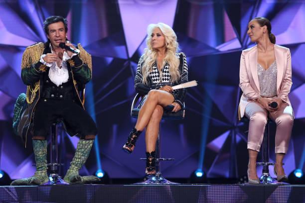 MEX: Televisa Presents New Show Quien Es La Mascara