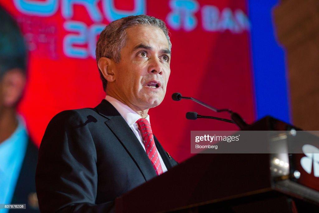 Key Speakers At Grupo Financiero Banorte Annual Forum
