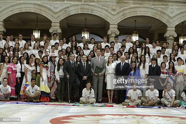 Miguel de la Quadra Salcedo guest King Felipe VI of Spain Queen Letizia of Spain and Franciso Gonzalez receive Ruta Quetzal BBVA 2014 participants at...