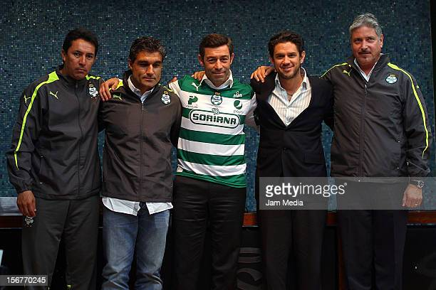 Miguel Garcia Helder Baptista Pedro Caixinha Alejandro Irarragorri and Alberto Canedo pose during the presentation of Caixinha as the new coach of...