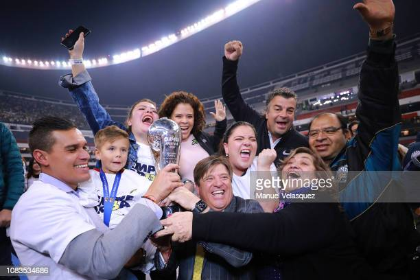 Miguel Herrera coach of America celebrates with the Championship Trophy after the final second leg match between Cruz Azul and America as part of the...