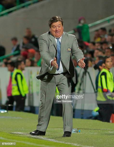 Miguel Herrera coach of America gestures during the 17th round match between Santos Laguna and America as part of the Torneo Apertura 2017 Liga at...