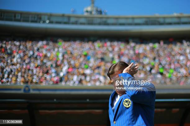 Miguel Herrera coach of America gestures prior the seventh round match between Pumas UNAM and America as part of the Torneo Clausura 2019 Liga MX at...