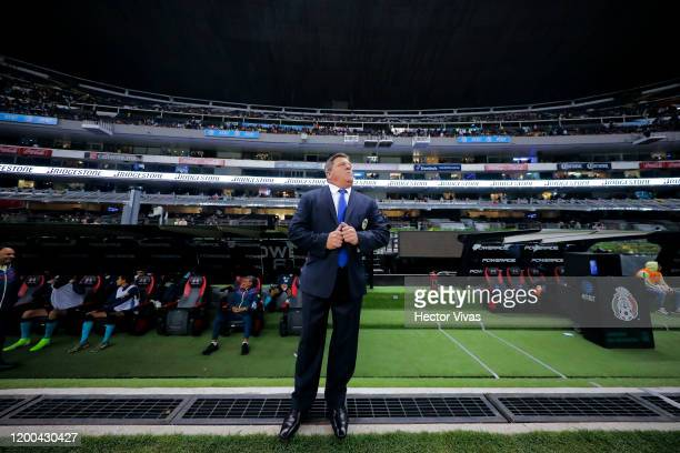 Miguel Herrera coach of America looks on during the 2nd round match between America and Tigres UANL as part of the Torneo Clausura 2020 Liga MX at...