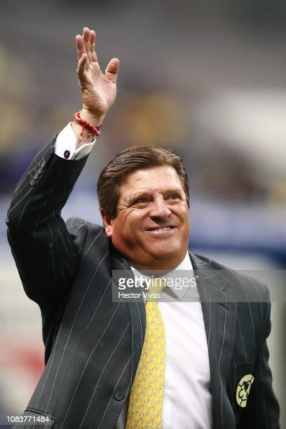 Miguel Herrera coach of America waves at fans during the final second leg match between Cruz Azul and America as part of the Torneo Apertura 2018...