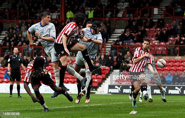 Miguel Llera of Sheffield Wednesday scores the winning goal during the npower League One match between Brentford and Sheffield Wednesday at Griffin...