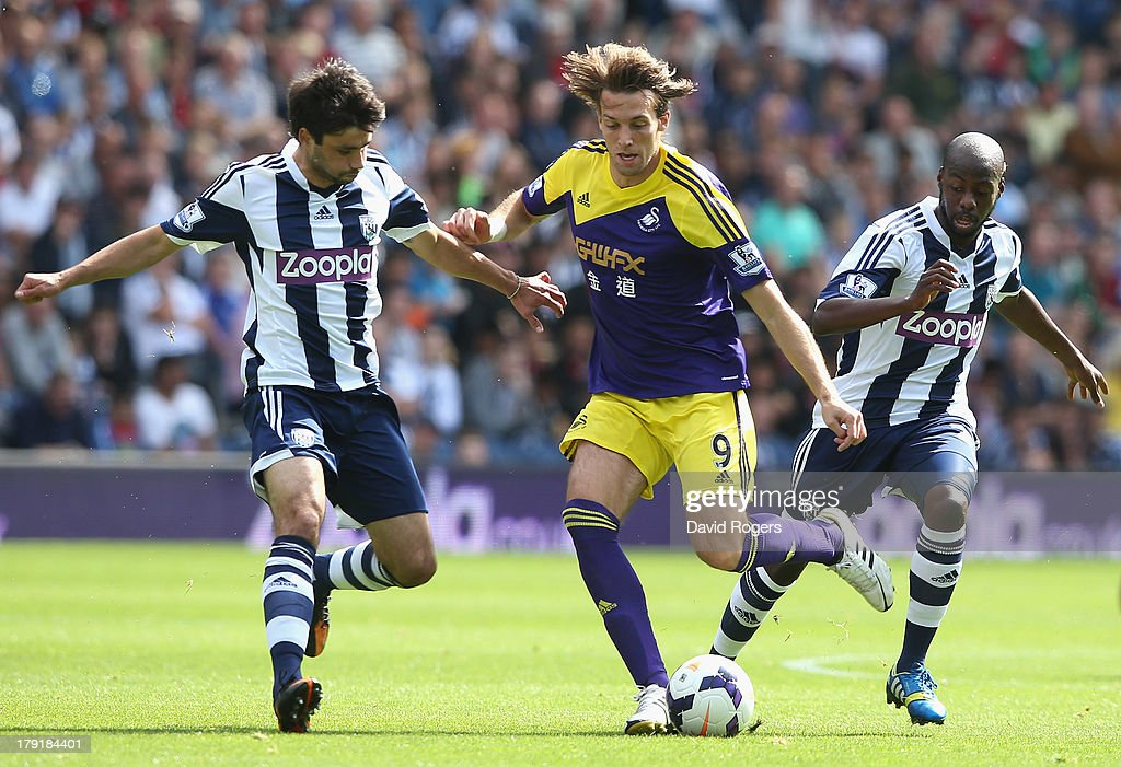 West Bromwich Albion v Swansea City - Premier League : News Photo