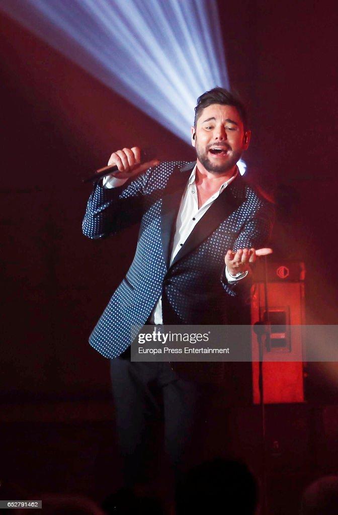 Miguel Poveda performs in concert at Gran Madrid Torrelodones on March 10, 2017 in Torrelodones, Spain.