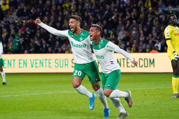 Championnat de France de football LIGUE 1 2018-2019-2020 - Page 32 Miguel-trauco-of-saint-etienne-celebrates-with-denis-bouanga-of-saint-picture-id1181427281?k=6&m=1181427281&s=612x612&w=0&h=MZESWcVVzJhjjB2786r4ZpDgAUiMyM9IK5fwxNETFjM=