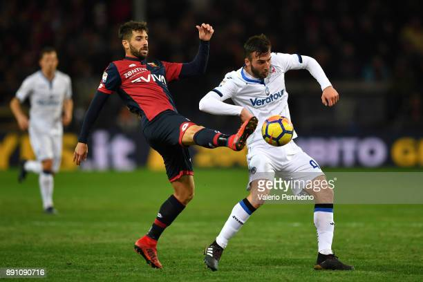 Miguel Veloso of Genoa CFC competes with Bryan Cristante of Atalanta BC during the Serie A match between Genoa CFC and Atalanta BC at Stadio Luigi...
