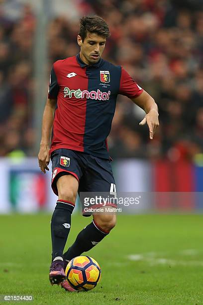 Miguel Veloso of Genoa CFC in action during the Serie A match between Genoa CFC and Udinese Calcio at Stadio Luigi Ferraris on November 6 2016 in...