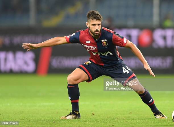 Miguel Veloso of Genoa CFC in action during the Serie A match between Genoa CFC and SSC Napoli at Stadio Luigi Ferraris on October 25 2017 in Genoa...