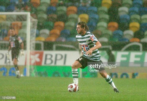 Miguel Veloso of Sporting during the match between Uniao de Leiria and Sporting Lisbon at Alvalade XXI Stadium in Lisbon, Portugal on October 2, 2006.