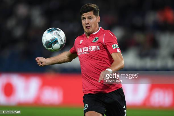 Miiko Albornoz of Hannover 96 controls the ball during the Second Bundesliga match between Hannover 96 and 1. FC Nürnberg at HDI-Arena on September...