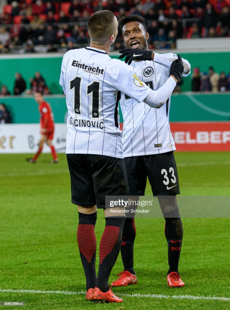 Mijat Gacinovic of Eintracht Frankfurt celebrates the first goal for his team with his teammates during the DFB Cup match between 1. FC Heidenheim and Eintracht Frankfurt at Voith-Arena on December 20, 2017 in Heidenheim, Germany.