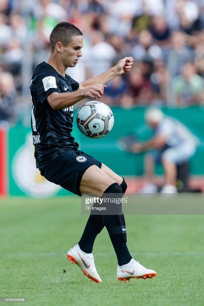 SSV Ulm 1846 Fussball v Eintracht Frankfurt - DFB Cup : Nachrichtenfoto