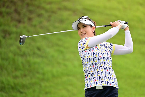 https://media.gettyimages.com/photos/mijeong-jeon-of-south-korea-hits-her-tee-shot-on-the-1st-hole-during-picture-id1270526760?k=6&m=1270526760&s=612x612&w=0&h=kFAm4rjotE9oYJRvXph_2GzMdgWAasLrEEeE9v2Xfcc=