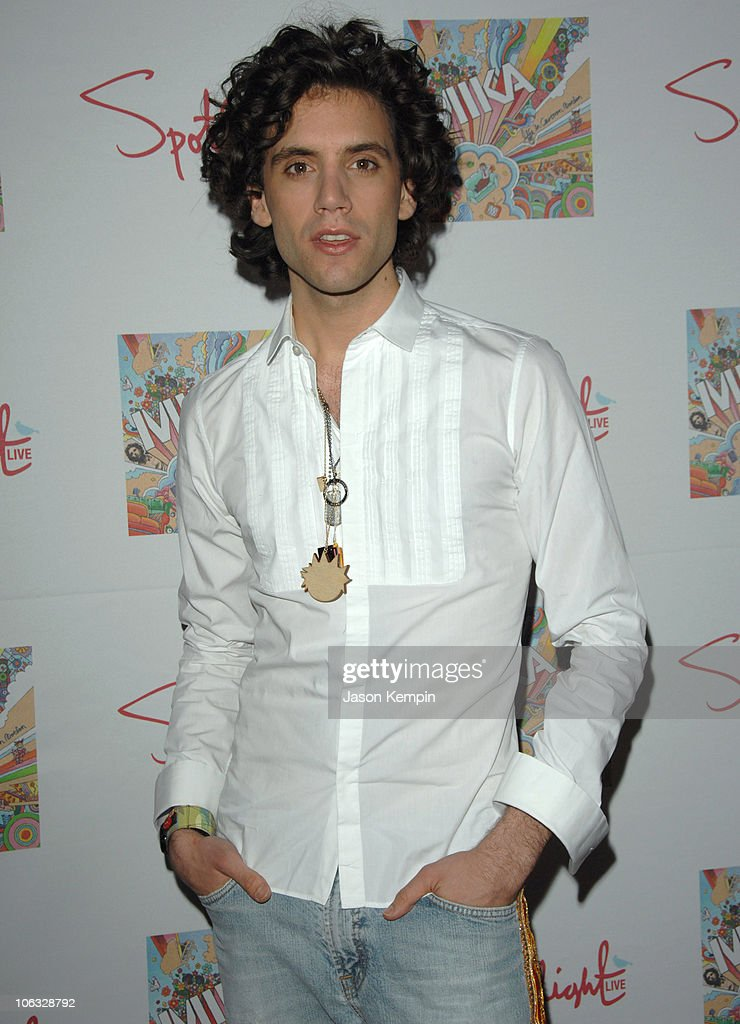 "Album Release Party For MIKA's ""Life in Cartoon Motion"" - March 29, 2007"