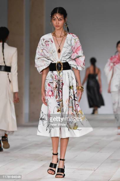 Mika Schneider walks the runway during the Alexander McQueen Womenswear Spring/Summer 2020 show as part of Paris Fashion Week on September 30 2019 in...