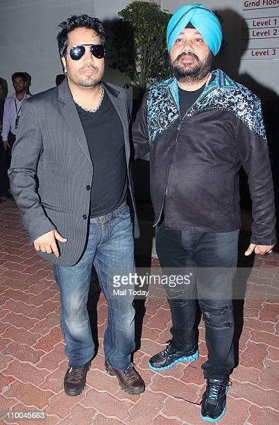 Mika Singh and Daler Mehndi at Big Star Indian Music Academy Awards 2011 in Mumbai
