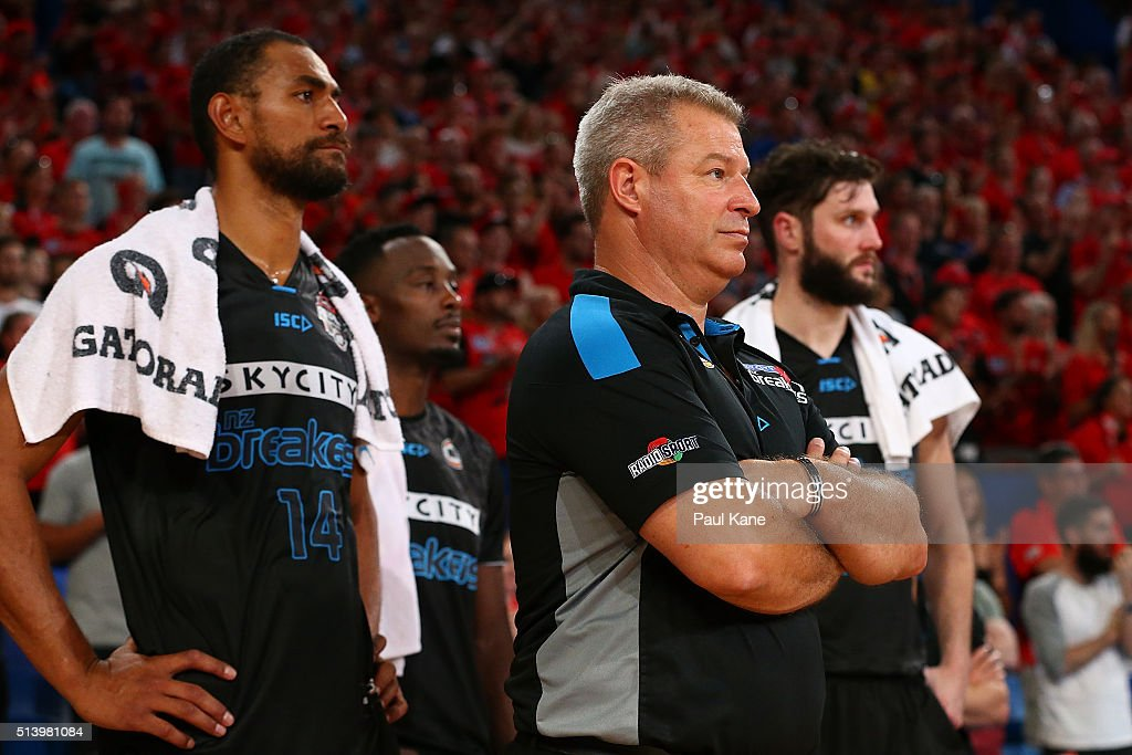 Mika Vukona, Dean Vickerman, coach of the Breakers and Alex Pledger look on in the final quarter during game three of the NBL Grand Final series between the Perth Wildcats and the New Zealand Breakers at Perth Arena on March 6, 2016 in Perth, Australia.