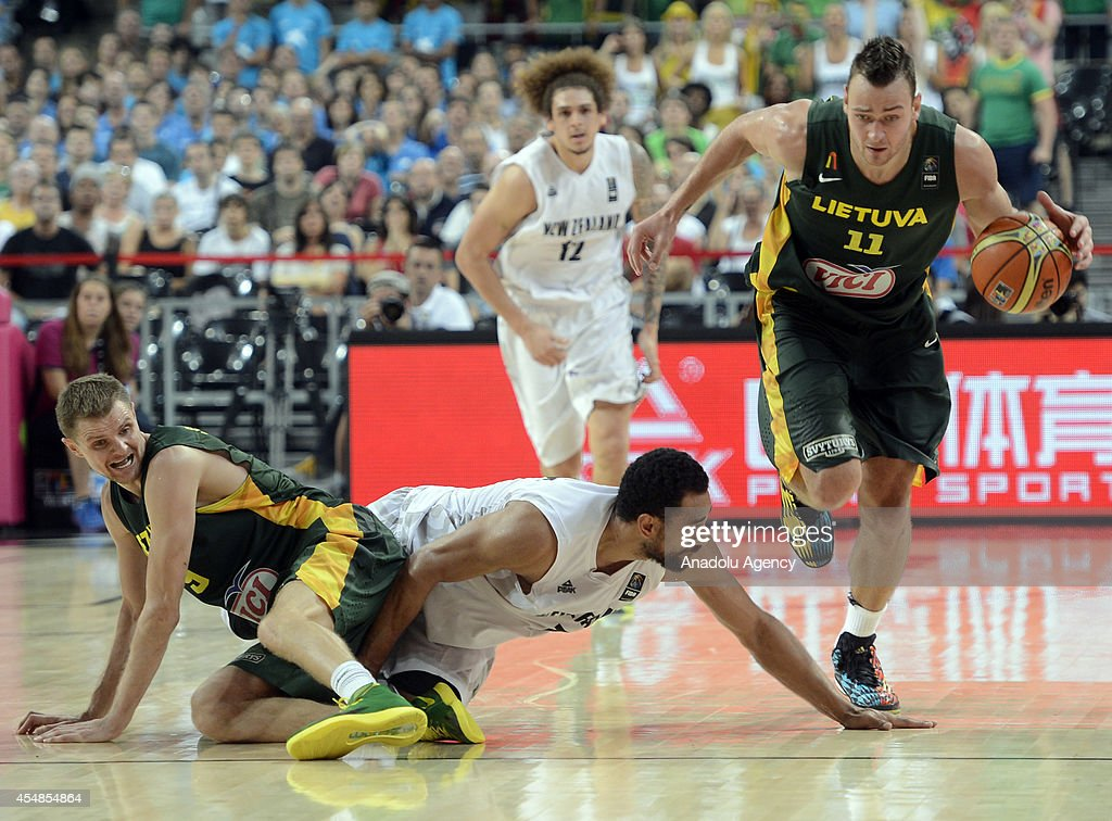 New Zealand v Lithuania - 2014 FIBA Basketball World Cup : News Photo