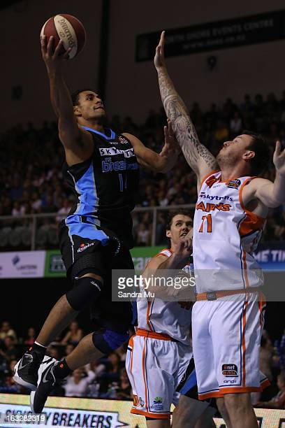 Mika Vukona of the Breakers lays the ball up during the round 22 NBL match between the New Zealand Breakers and the Cairns Taipans at North Shore...
