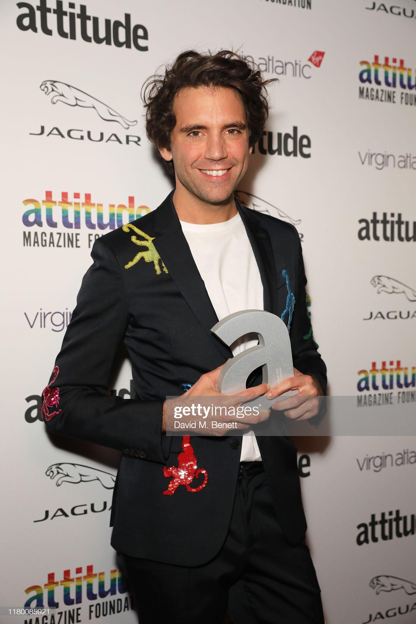 mika-winner-of-the-attitude-music-award-