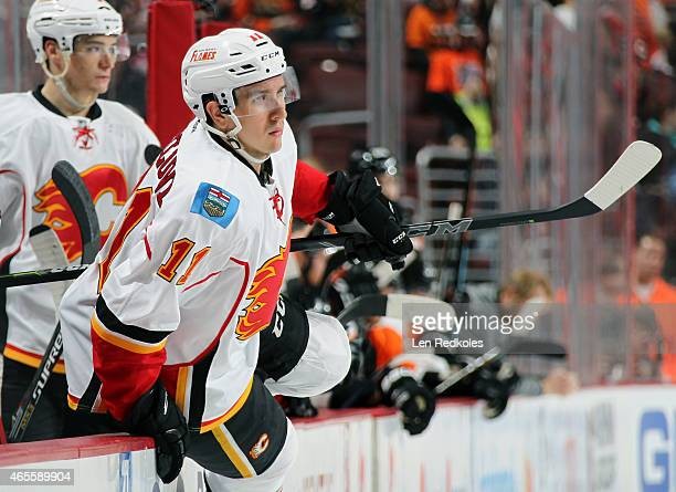 Mikael Backlund of the Calgary Flames jumps to the ice during a shift change against the Philadelphia Flyers on March 3 2015 at the Wells Fargo...