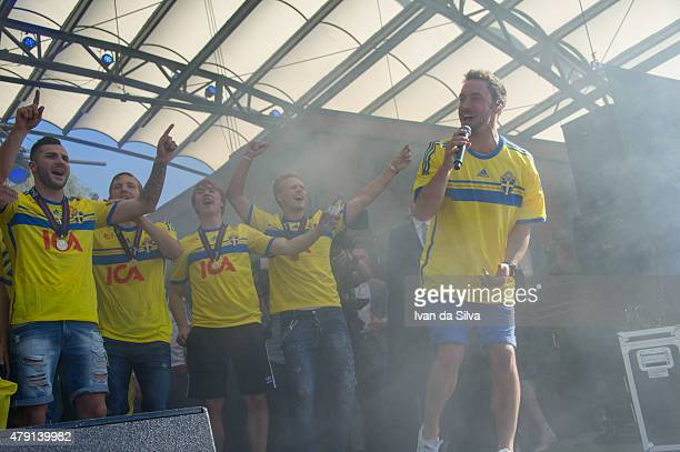 Mikael Ishak Ludwig Augustinsson Simon Tibbling Oscar Hiljemark and Mans Zelmerlow of Sweden U21 team return to Sweden victorious after winning UEFA...