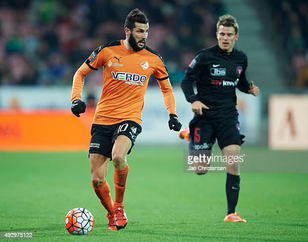 Mikael Ishak of Randers FC controls the ball during the Danish Alka Superliga match between FC Midtjylland and Randers FC at MCH Arena on October 16...