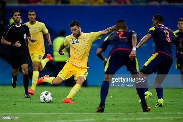 Mikael Ishak player of Sweden scores his first goal during 2016 Summer Olympics match between Colombia and Sweden at Arena da Amazoniaat Arena...
